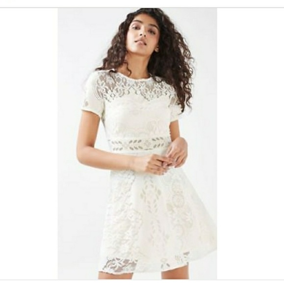 Topshop dresses cream white short sleeve floral lace dress poshmark m5a5aba1ca4c4852cfd5f4e92 mightylinksfo